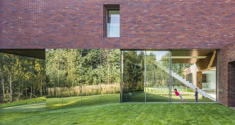 Living-Garden-House-in-Katowice-05