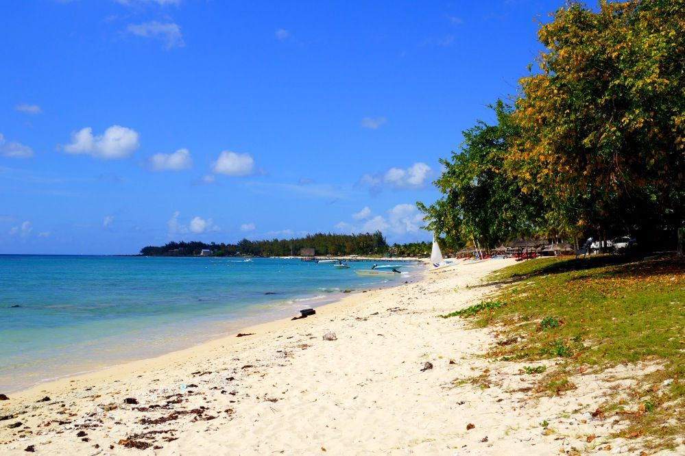 strand_mauritius