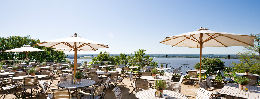 http://www.suellberg-hamburg.de/Terrassenlandschaft/Gourmetterrasse/
