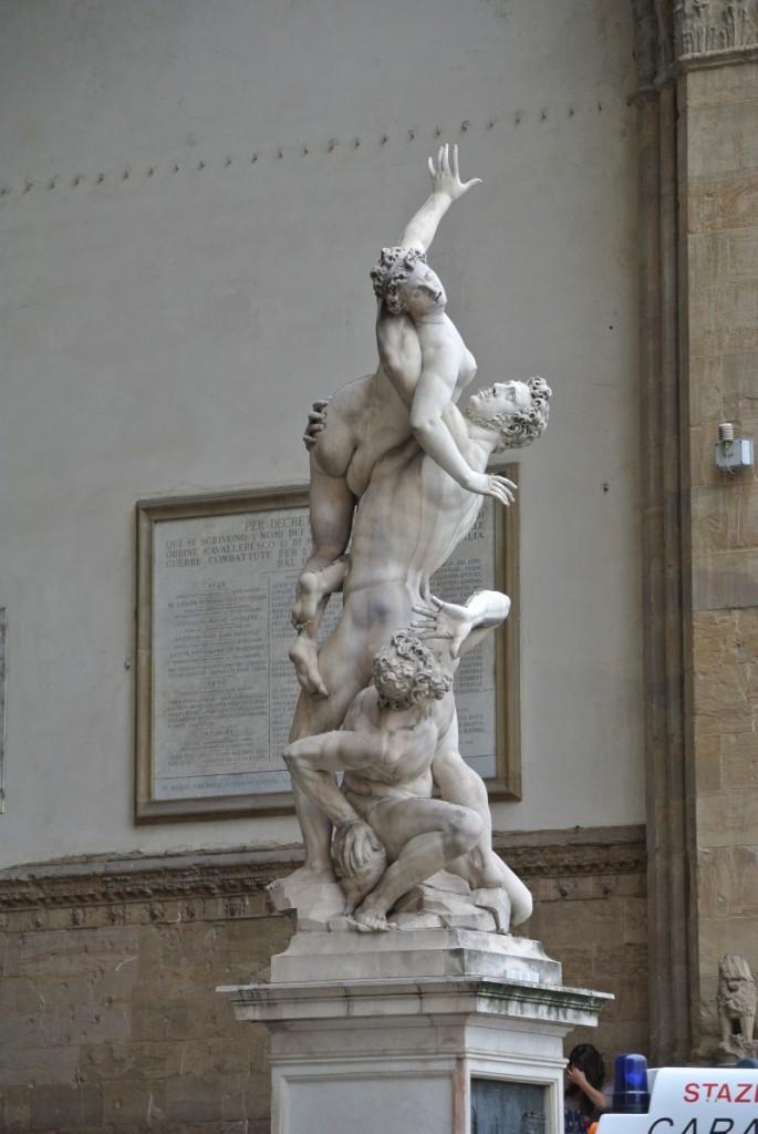 statue piazza signore