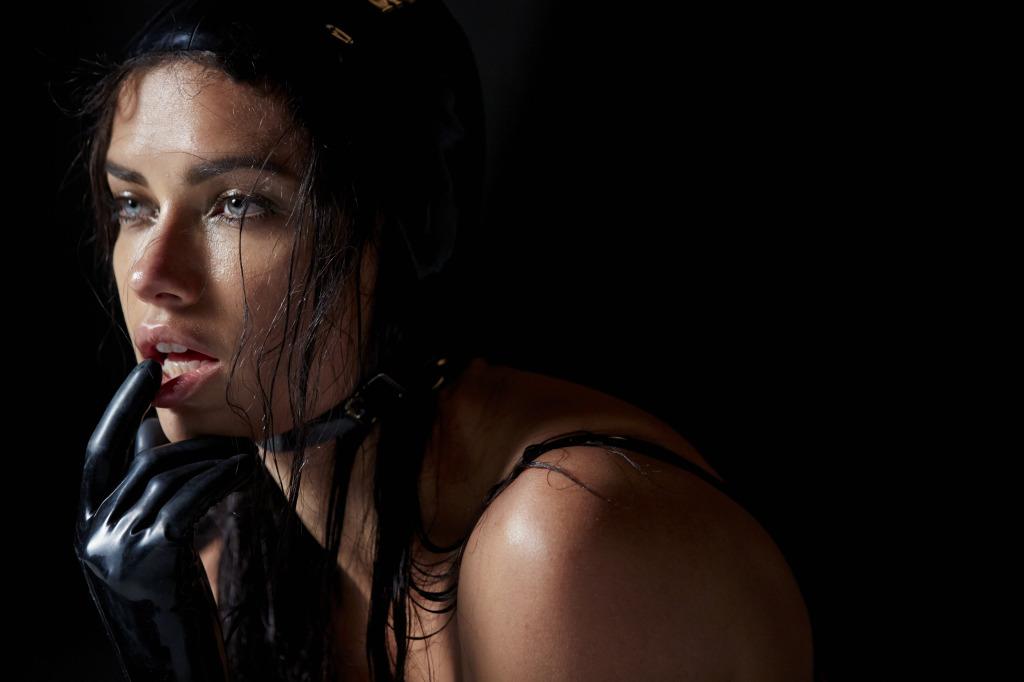 Adriana Lima © Pirelli Kalender 2015, Steven Meisel