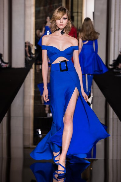 Versace is back – Bootcut and sexy dresses Paris F/S 2015