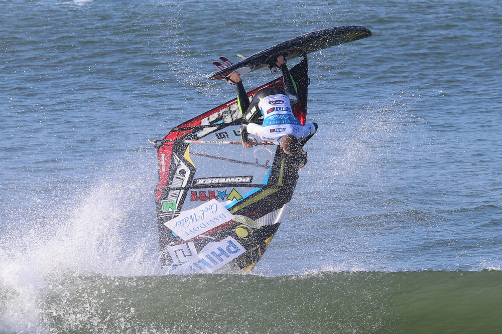 Watersports / Davidoff Cool Water Windsurf World Cup 2015 / 25.09.- 04.10.2015 +++ www.hoch-zwei.net +++ copyright: HOCH ZWEI /Joern Pollex +++
