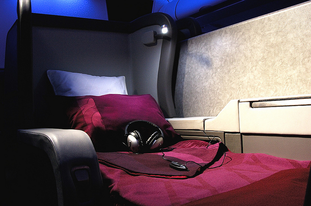 (c) Qatar Airways' Airbus A340-600 – First Class