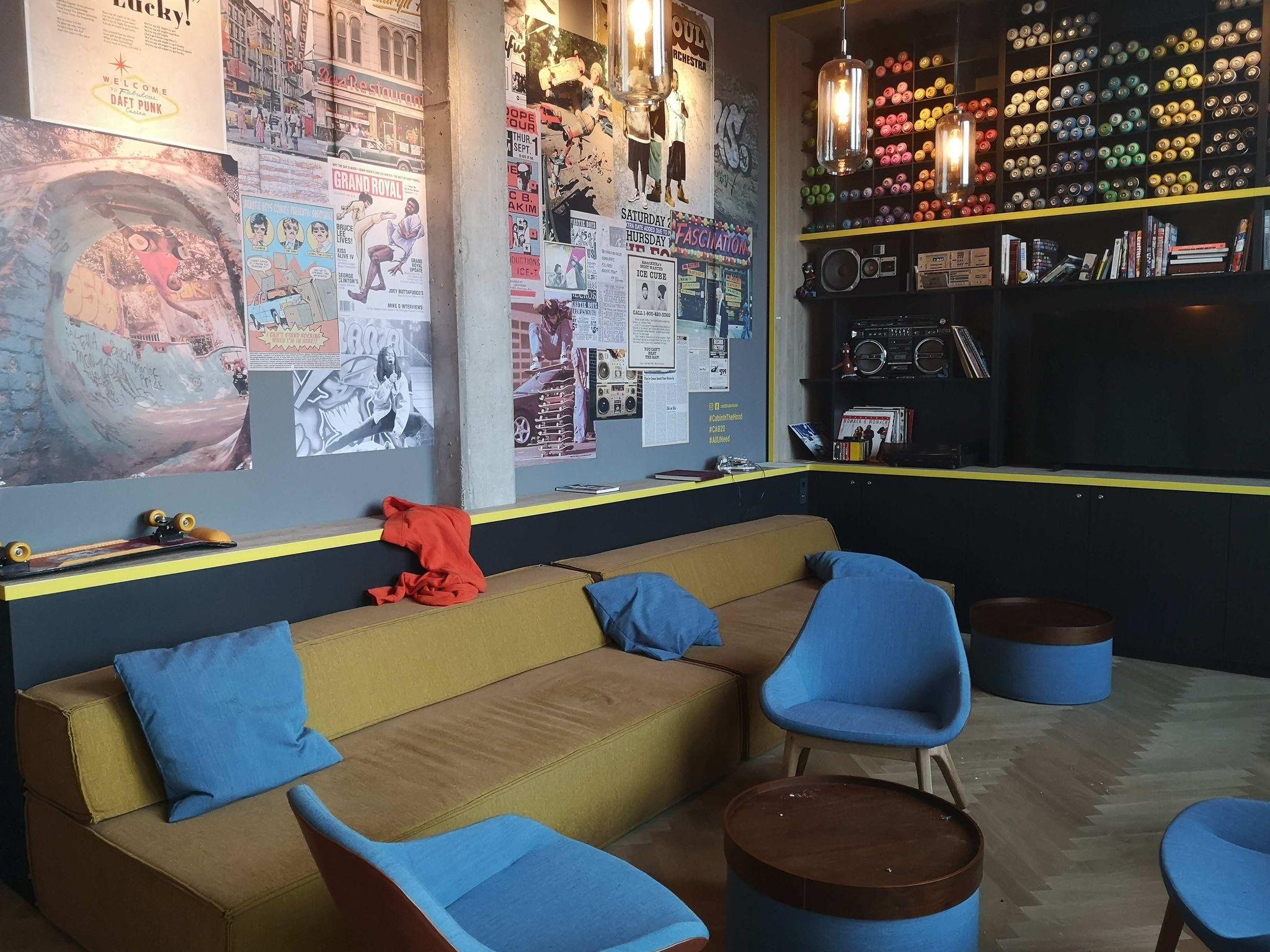 Lounge im obersten Geschoss